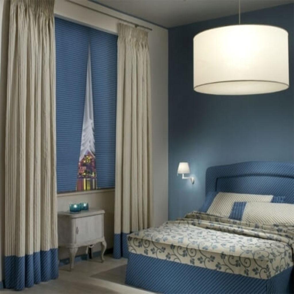Tende classiche per finestre e porte finestre a milano for Tende casa classica